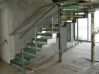 Маршевые стеклянные лестницы