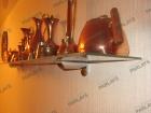 Стеклянная полка на стену