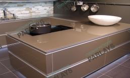 Кухонные стеклянные столешницы