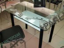 Кухонные стеклянные столы