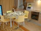 Cтеклянные столы на заказ